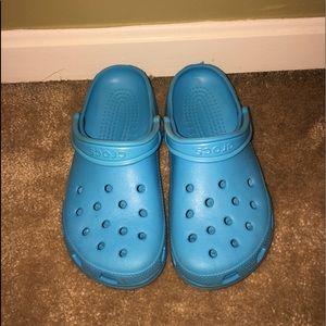ocean blue crocs